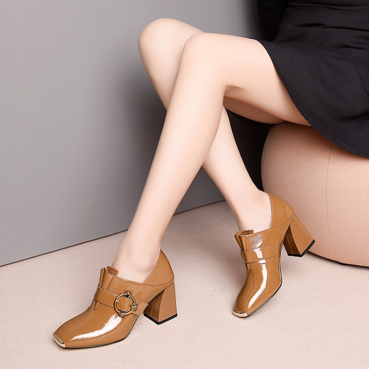 2019 Woman high heels big size 33-43 Fashion buckle Women Pumps Thick high heel Patent leather shoes Womens Dress Wedding shoes2019 Woman high heels big size 33-43 Fashion buckle Women Pumps Thick high heel Patent leather shoes Womens Dress Wedding shoes