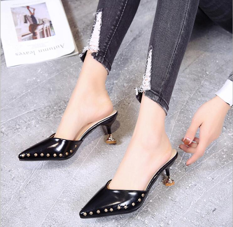 Candy-colored slippers 2019 summer new pointed rivets with high heels flip flops slippers Female sandals Sandalias femenina s084 8