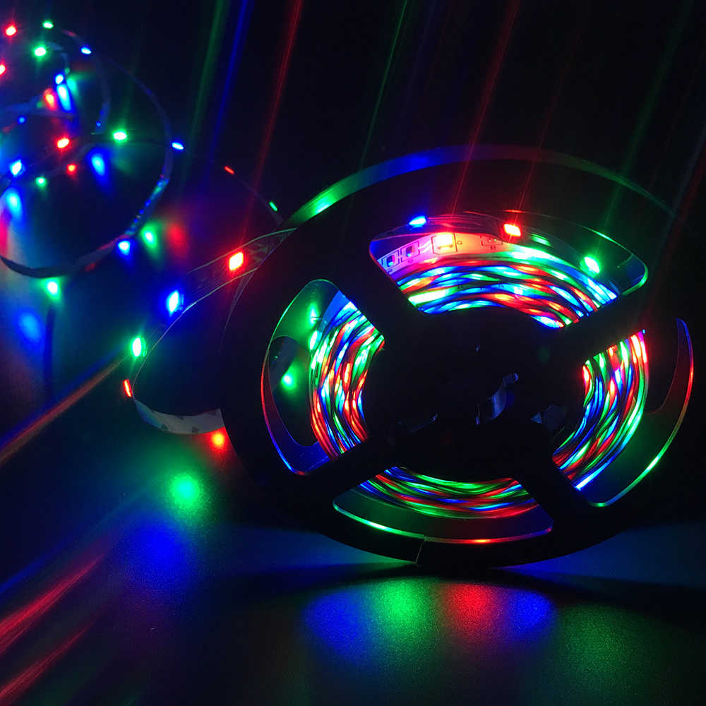 RGB LED Strip Lampu SMD3528 2835 RGB 5M 300LED Fleksibel Strip Perekat Remote Controller Adaptor Daya Pita Home dekorasi