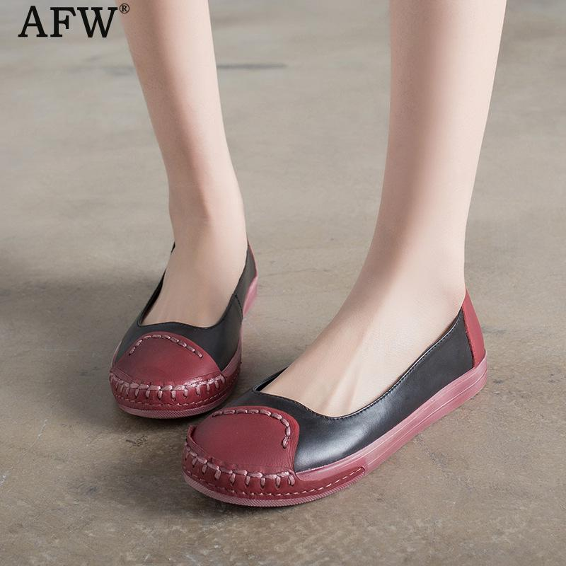AFW Women Genuine Leather Flats Slip On Low Heel Shoes Soft Bottom Casual Leather Women Loafers Retro Handmade Women Shoes 2018 women bright leather flats round toe shallow chaussure soft sole ladies shoes low heel spring casual loafer shoe slip on flats