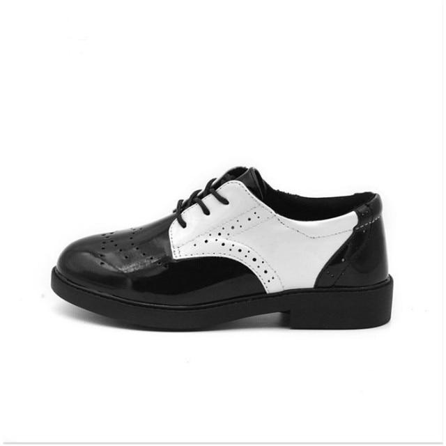 Детская весна и осень 2016 новых мальчиков pu кожаные ботинки британский черный и белый смешанные цвета обувь повседневная обувь молодая человек