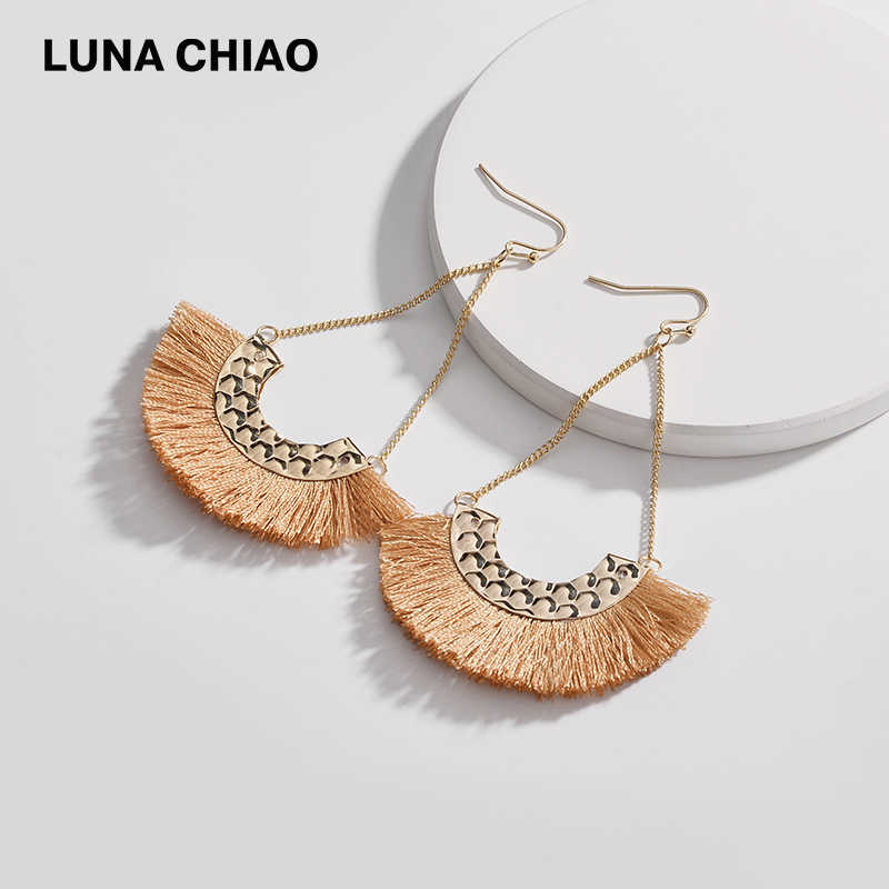 LUNA CHIAO Fashion Hammered Metal Piece Fan Shape Silk Fringed Tassel Drop Chain Earring