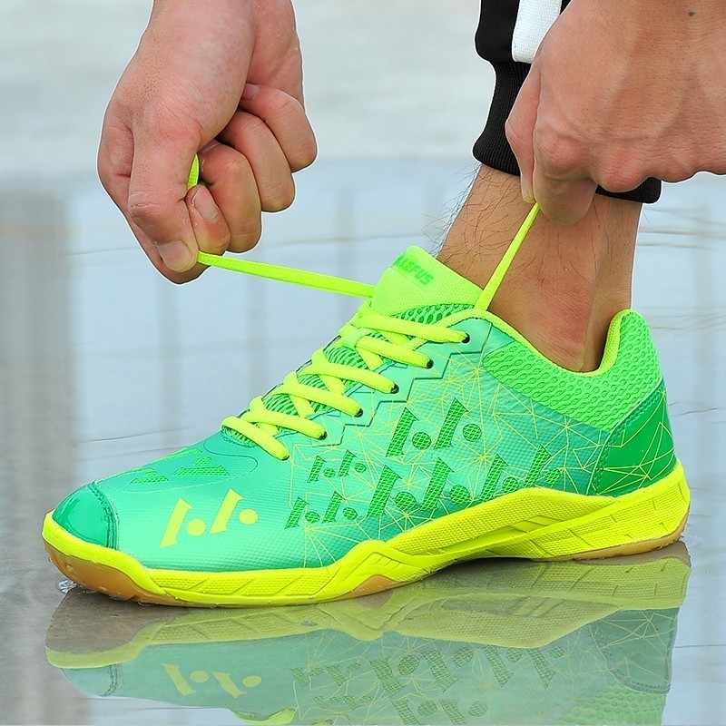 Women Professional Badminton Shoes Female Ultra-light non-slip comfortable Tennis Shoes Unisex Badminton Sneakers HW096