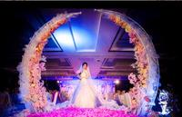 New Wedding Prop Iron Horn Gate Wedding Xiting Road Lead flower door Carved Arches Iron Carved Arches.