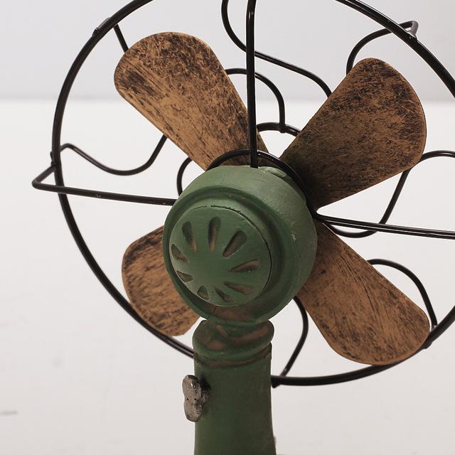 Retro Desktop Fan Decorative Figurine