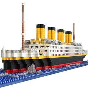 Image 1 - Titanic Schiff Modell Bausteine Ziegel Spielzeug Mit 1860Pcs Mini Titan 3D Kit Diy Boot Pädagogisches Sammlung Für Kinder jungen