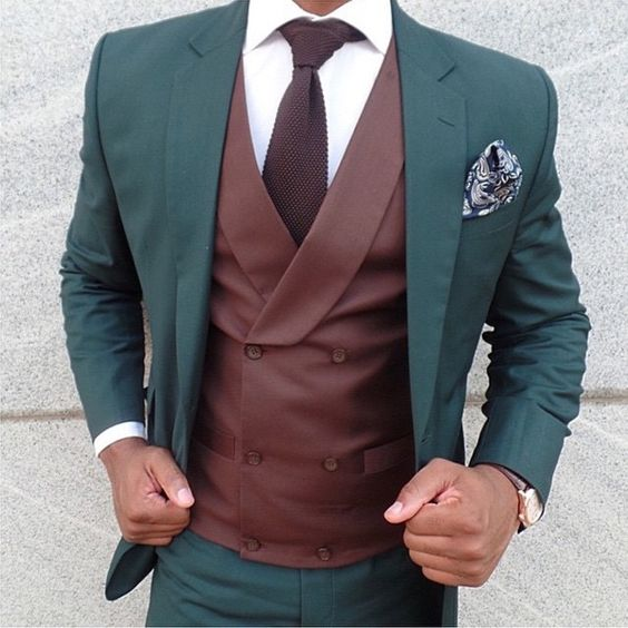 2017 Tailored Made Dark Green Wedding Prom Dinner Suits For Men Brown Waistcoats Groom Tuxedos(Jacket+Pants+Vest) homens terno