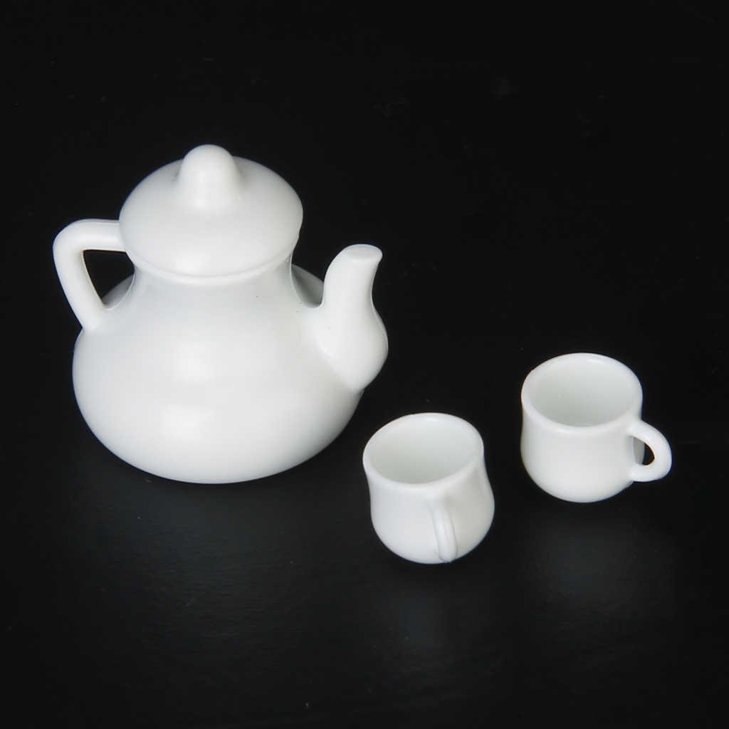 MagiDeal Dollhouse Miniatureเหยือกน้ำชาหม้อ 2 ถ้วยสีขาวขนาด 1/12 สำหรับห้องกล่องHouseชุดตกแต่งของเล่นน่ารัก