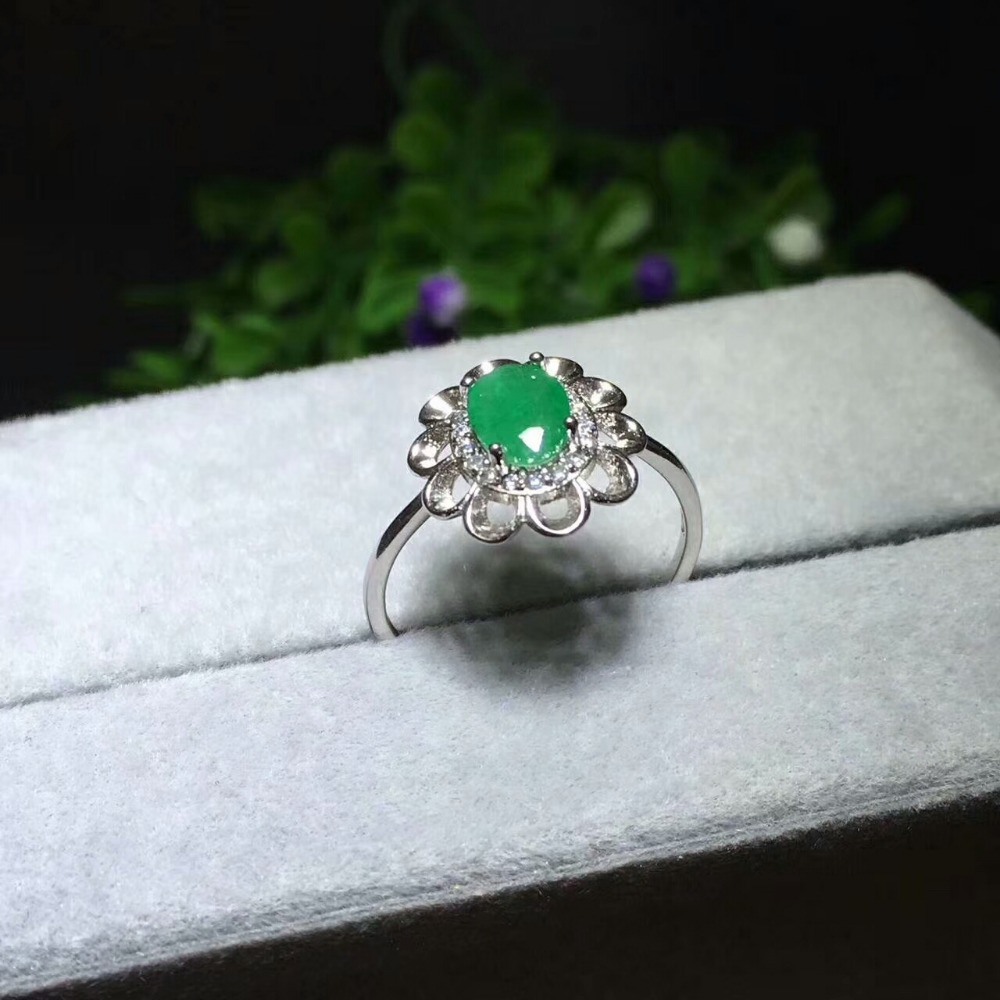 Simple design emerald wedding ring for woman 0.4 ct 5mm*7mm natural emerald silver ring solid 925 silvr emerald gemstone weddingSimple design emerald wedding ring for woman 0.4 ct 5mm*7mm natural emerald silver ring solid 925 silvr emerald gemstone wedding