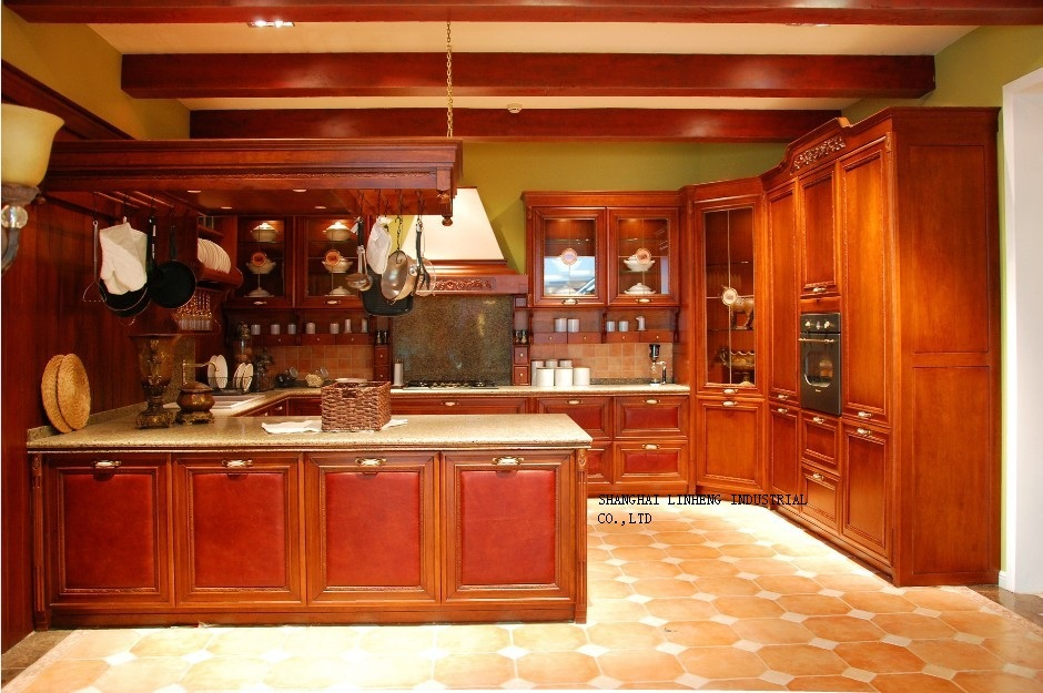 Wooden kitchen cabinets cherry color lh sw055 on for Cherry wood kitchen cabinets price