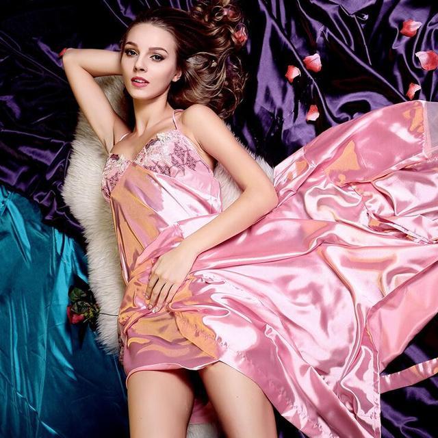 Damas de manga larga atractiva ropa interior tentación traje pijamas de seda de imitación tirantes camisón camisón Sexy G68
