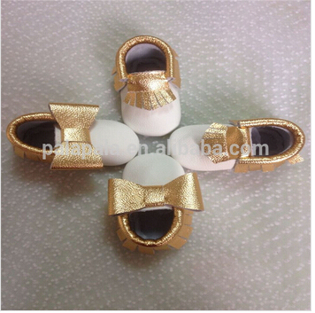 New Top quality gold  Genuine Cow Leather Baby Moccasins bow Soft Shoes Newborn first walker Anti-slip Infant girls dress Shoes