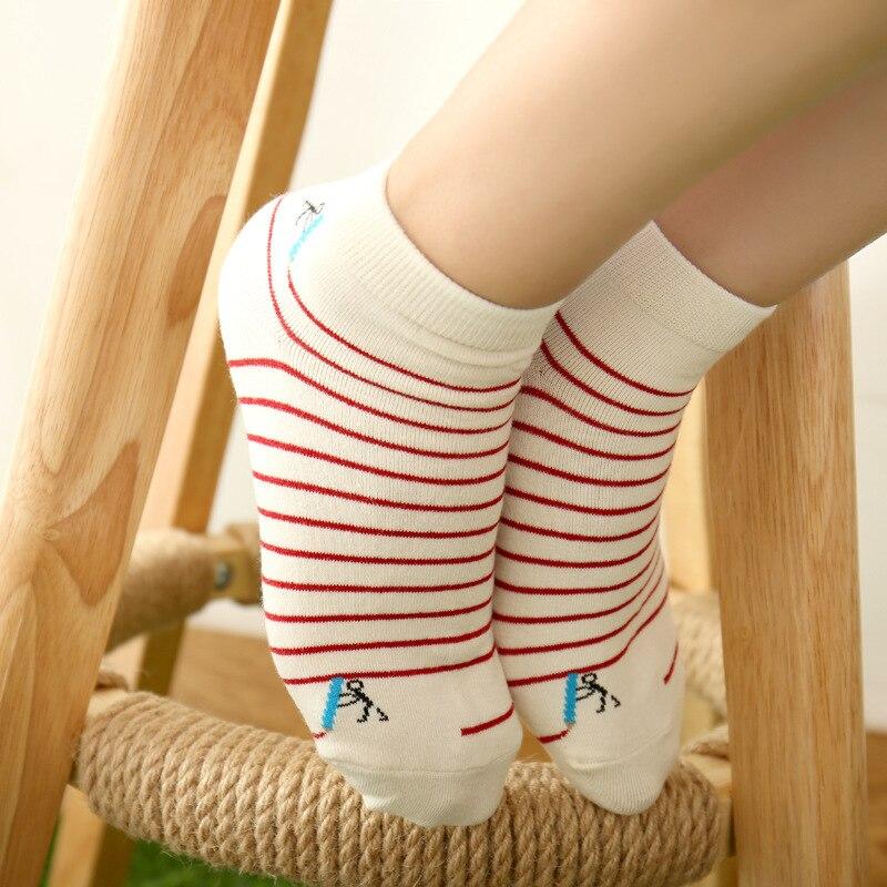 hot-girls-in-toe-socks