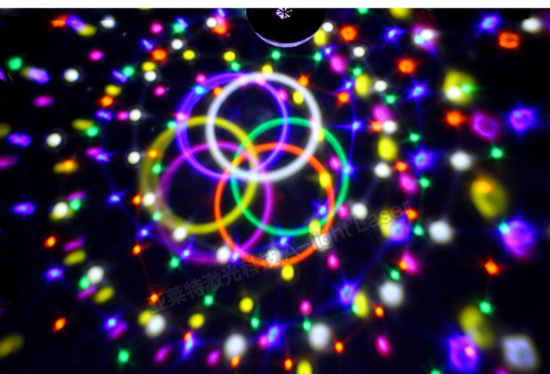 9 Цвета MP3 хрустальный магический шар лампы Светодиодные этап КТВ Дискотека Лазерный свет Вечерние огни звук Управление лазерный проектор м...