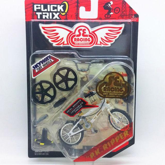 """Flick Trix Bmx Mini Finger Bike """"PK. RIPPER"""" modelo de aleación de barras de soporte de exhibición de bicicletas con ruedas truco bonus pegatinas y herramientas"""