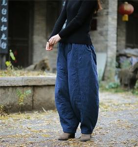 Image 4 - Женские свободные штаны YoYiKamomo, плотные теплые шаровары с хлопковой подкладкой, Однотонные эластичные брюки большого размера, 2018