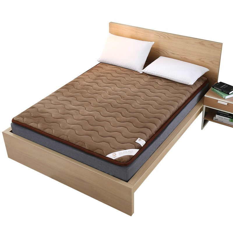 купить NEW Topper Flannel Winter Mattress FoldingVelvet Mattress Thick Warm Foldable Single Or Double Mattress Fashion Quilted Bed по цене 4369.52 рублей