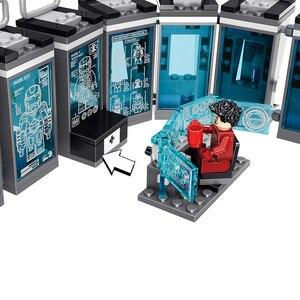Image 4 - Figuras de acción de superhéroes de Marvel, Juguetes de bloques de construcción pequeños compatibles con leping, Iron Man, Salón de la armadura, regalo para niñas y niños, 608 Uds.