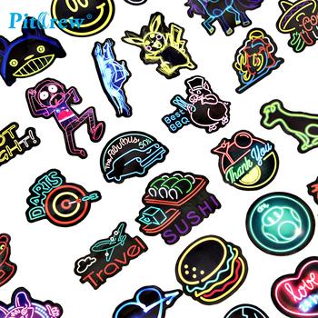 50 sztuk lampa neonowa naklejki fajne śmieszne Car Styling Bomb JDM naklejki kreskówka zwierzęta zabawki rower telefon motocyklowy Laptop Travel tanie i dobre opinie PITREW Całego ciała CN (pochodzenie) Klej naklejki 0 15cm cartoon Kreatywne naklejki Jest dostarczana CS0A027 Colorful