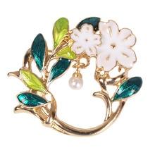 Elegant Flower Brooch Pin Costume Jewelry Clothes Accessories Flower Simulated Pearl Brooches Women Garment Accessories Jewelry цена в Москве и Питере