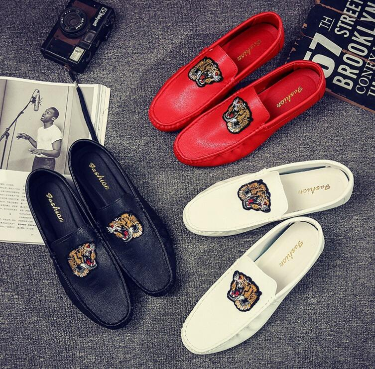 2020 Summer New Hot Fashion Men Leather Lightweight Casual Shoes Trend Tiger Shoes Cool Man Loafers Driving Shoes