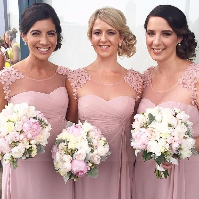 2019 Long   Bridesmaid     Dresses   Scoop Neck Chiffon A-lline Dusty Rose Pink Maid of Honor   Dresses   Wedding Party Gowns