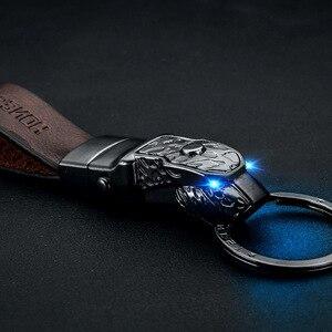 Leopar kafa led ışık anahtarlık hakiki deri araba anahtarlık anahtar tutucu için yüksek kaliteli sleutelhanger chaveiro llaveros hombre