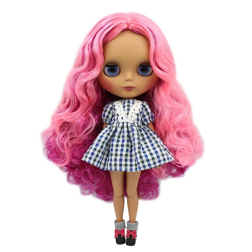 Oyuncaklar ve Hobi Ürünleri'ten Bebekler'de Fabrika blyth doll 1/6 bjd ortak vücut koyu cilt mat yüz gül ve pembe ve mor saç BL2264/2137 /2369 30cm'da  Grup 1