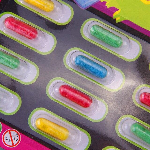 Besegad 4 stks Nieuwigheid Gadget Multicolor Verbazingwekkende Capsule Creatures Set Nep Dier Speelgoed Trick Joke Tool
