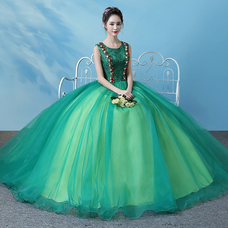 Freeship green lace ball gown medieval dress Renaissance festival queen costume Victorian /Marie Antoinette/ Belle Ball
