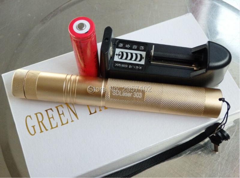 ΖΕΣΤΟ! Στρατιωτικές προμήθειες Υψηλή δύναμη πράσινο δείκτες λέιζερ 50w 500000m 532nm Φακός εστιασμένη καύση αγώνα, καίνε τσιγάρα + δώρο