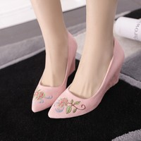 Scrub Red Wedding Shoes Bride Women S Pointed Toe Shoes High Heel Wedges Single Shoes Embroidered