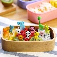 Hot Sale Animal Fruits Fork Plastic Animal Farm Mini Cartoon Fruit Fork Sign Fruit Toothpick Bento Lunch For Children