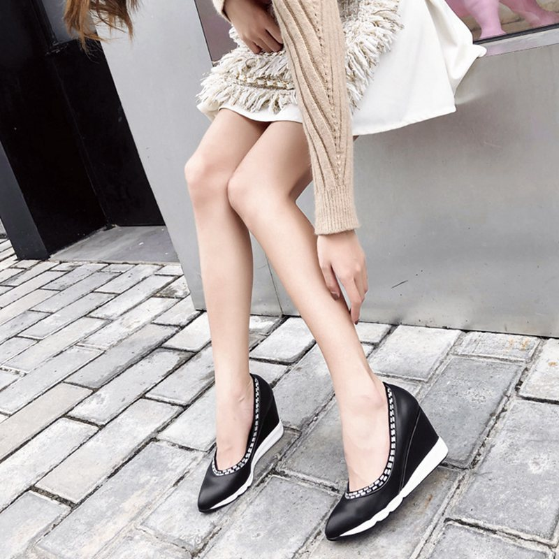 2018autumn new simple High heels casual pointed wedge shallow mouth single shoes casual comfortable platform wild work shoes.