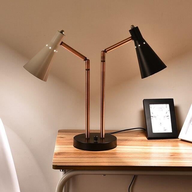 Il bianco e nero doppia lampada moderna di design minimalista ...