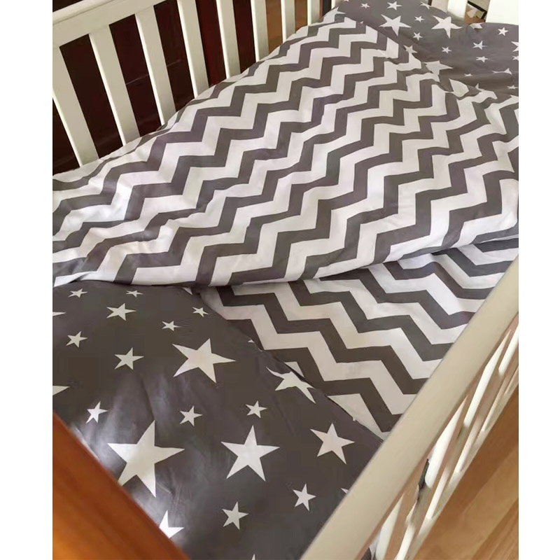 100% Cotton Baby Bedding Set Bed Linen 3cps/set (Pillowcase+Bed Sheet+Quilt Case)Ins Hot Baby Crib Bedding Set Without Filling infant bedding set newborn crib bedding set cute milk bottle and cows design with bed sheet quilt cover and pillowcase baby bed