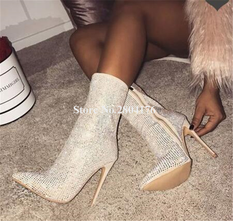 Femmes luxueux Bling Bling bout pointu Super mince talon strass bottes courtes noir Beige cristal haut talon bottinesFemmes luxueux Bling Bling bout pointu Super mince talon strass bottes courtes noir Beige cristal haut talon bottines