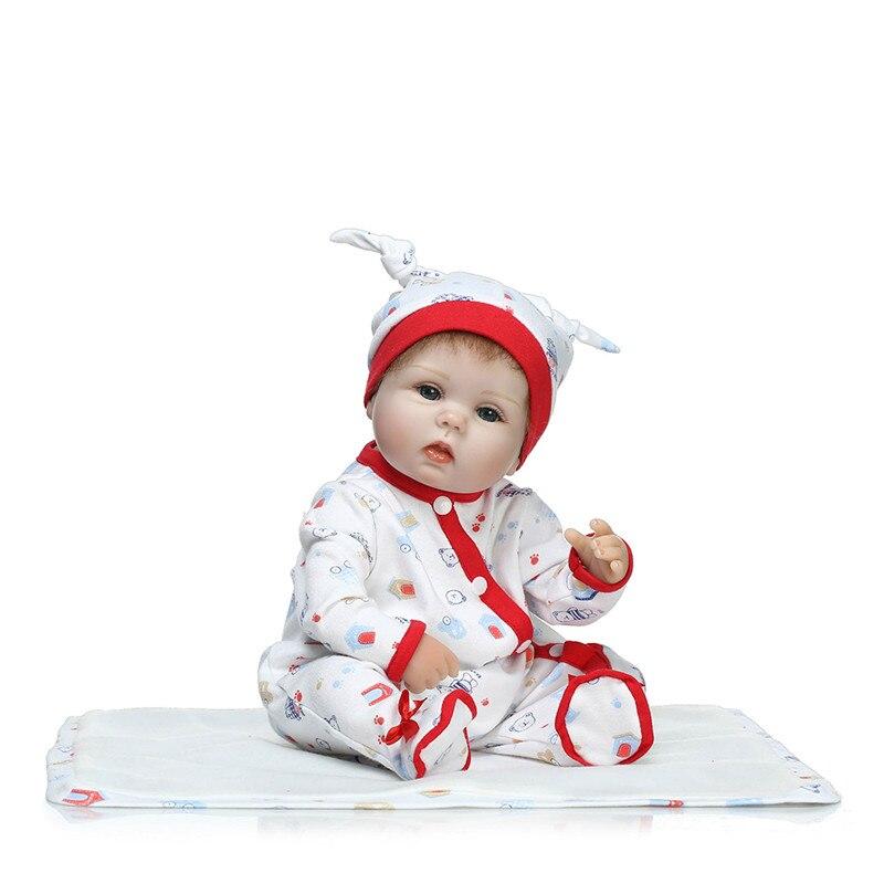 Cadeau d'anniversaire pour enfants poupée de renaissance simulée réaliste