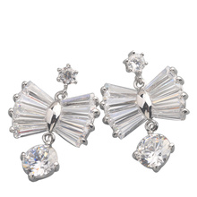 Imposing White Stone 8*8mm Semi-precious Silver Cool For Womens Stud Earrings ED0200