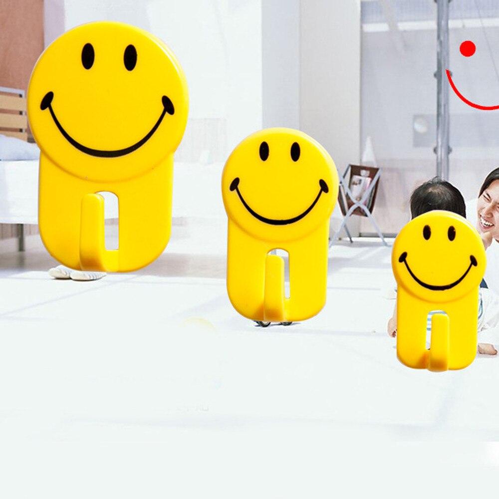 3Pcs/Set Cartoon Yellow Smile Face Hooks Mutifunction Bathroom Kitchen Bedroom Towel Tools Hanger Hook Strong Sticky Hooks