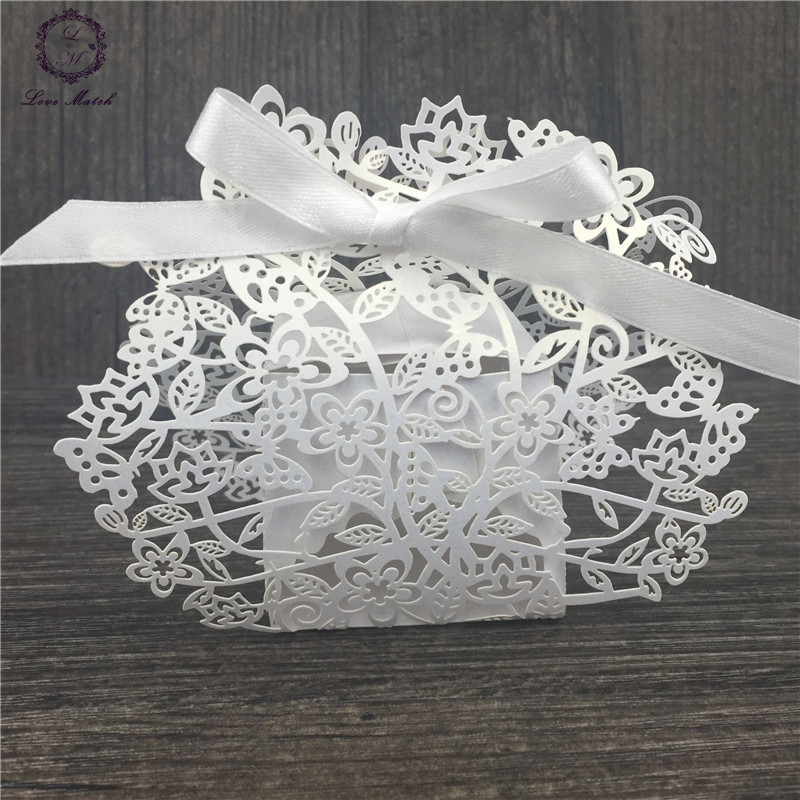 50pcs wedding favors and gifts beautiful rattan laser cut candy box wedding party supplies all for wedding wedding favor box