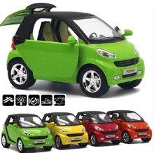1:32 échelle Smart mignon moulé sous pression modèle voiture jouet avec fonction de retrait lumière de musique portes ouvrables pour les enfants comme cadeau livraison gratuite