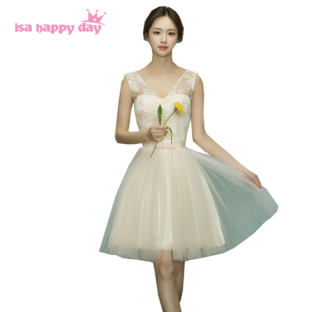 85e3afb1468 teens lace illusion neckline champagne popular short elegant grade 6 graduation  dresses tulle dress 2017 puffy cheap H4047