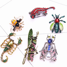 цена на fashion large insect brooch enamel pin men rhinestone bee brooch jewelry cute pins metal brooches for women broche accessories