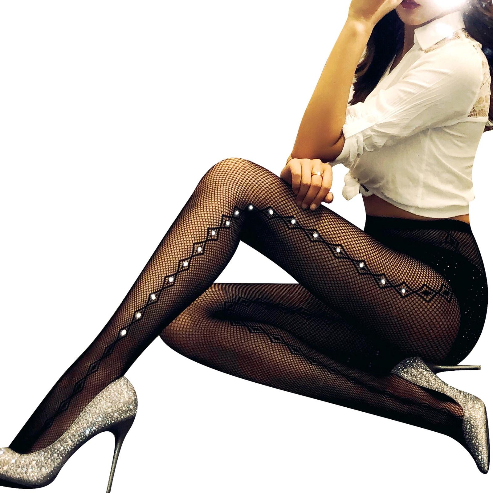 78ecd6f18 2018 Sexy Mulheres Meia-calça Brilhante fishnetstocking Alta Qualidade Oco  malha de Diamantes Calças xadrez Brilho Strass meias
