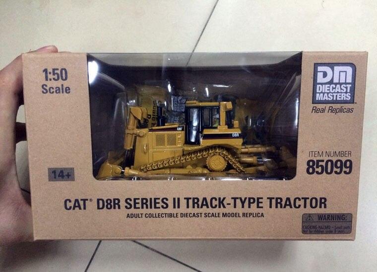 New Box - DM Model - Cat D8R Series II Track-Type Tractor 1/50 DieCast 85099