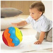 Схватив собраны ползучая деформации разборка творческие смешные образовательные головоломки младенческой мяч