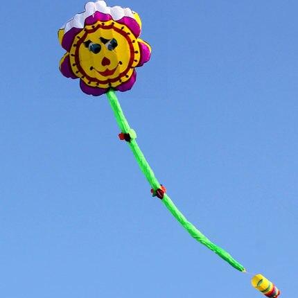 Nouveauté Sports de plein air Fun 8.4 m cerf-volant tournesol/logiciel de fleurs cerfs-volants avec poignée et ligne bon vol