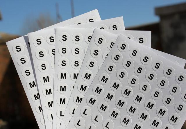 S XL Size Round Dot 10mm Retail Clothing STICKER LABEL Self Adhesive Tag 5