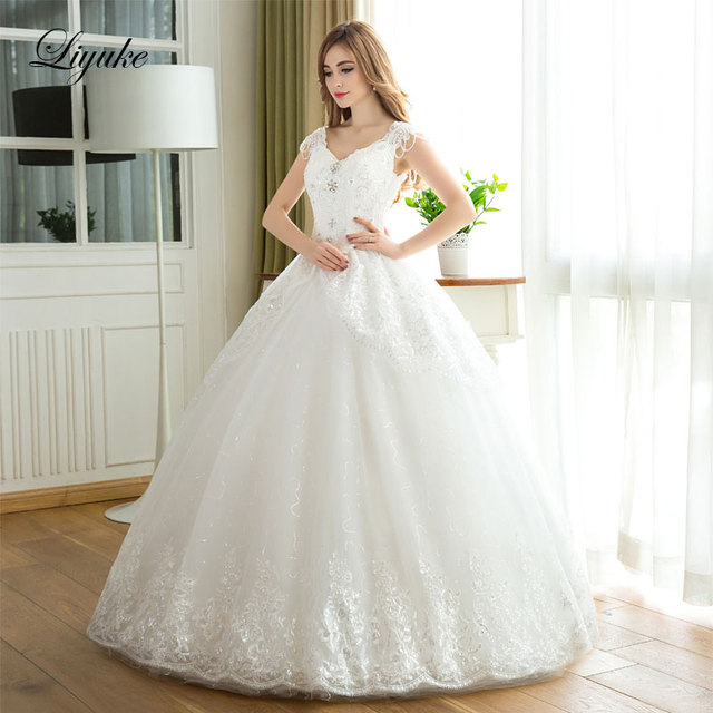 Liyuke J15 Fabulous Embroidery Tulle V Neck Ball Gown Wedding Dress Floor Length Lace